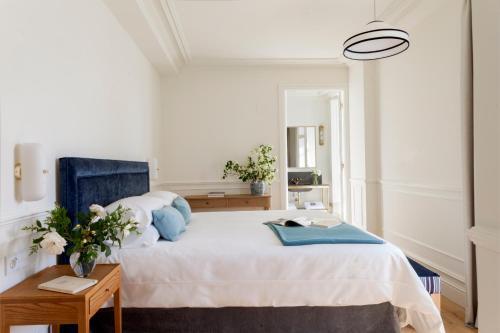 Deluxe Double Room with River View Gran hotel Brillante 6