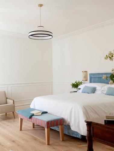 Double Room with Extra Bed Gran hotel Brillante 4