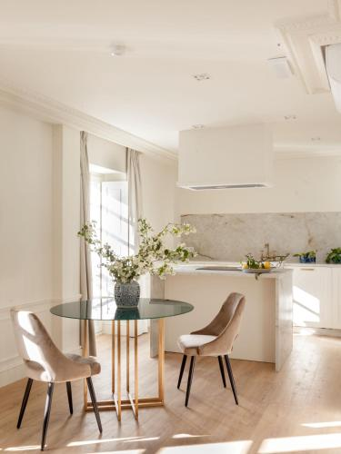 One-Bedroom Apartment Gran hotel Brillante 5