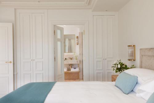 One-Bedroom Apartment Gran hotel Brillante 4