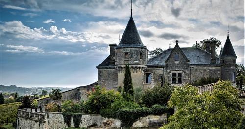 . Chateau de la Grave