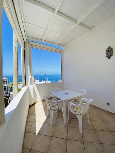 Centrale con terrazza, Pension in Capri