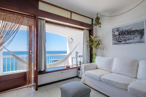 House on the Beach, Pension in Sesimbra