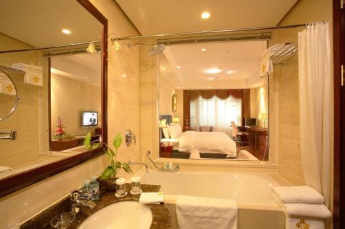 Oriental Garden Hotel photo 7