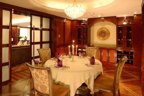 Oriental Garden Hotel photo 25