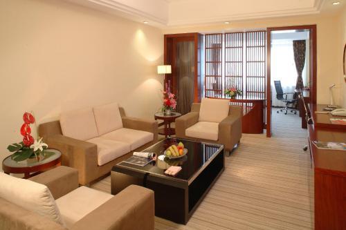 Oriental Garden Hotel photo 28