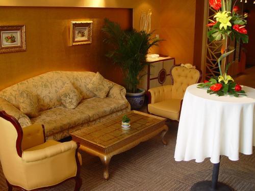 Oriental Garden Hotel photo 29