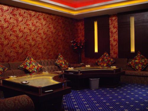 Oriental Garden Hotel photo 36