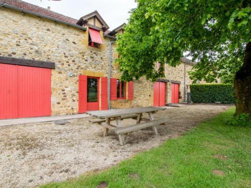 Gîte Bouillac, 4 pièces, 9 personnes - FR-1-616-9 - Location saisonnière - Bouillac