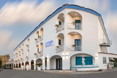 . Hotel Poseidonia Mare
