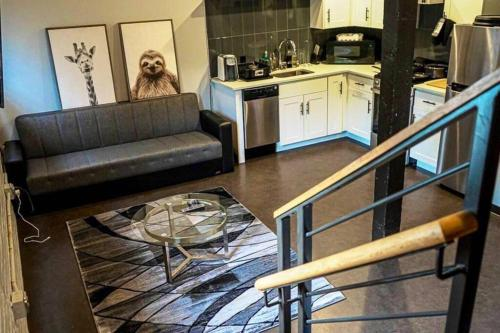 Your Home away from home - Apartment - Albany