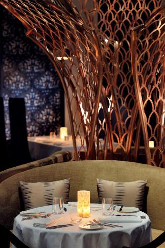 Al Mina Street, Al Zahiya (Tourist Club Area), Abu Dhabi, UAE.