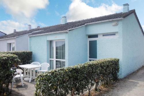 . Holiday resort Les Îles Anglo-Normandes Portbail - NMD04265-JYB