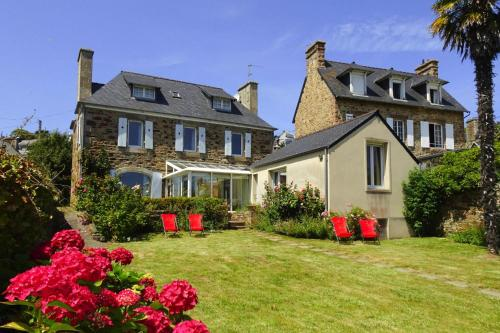 . Holiday Home Perros-Guirec - BRE02103g-F