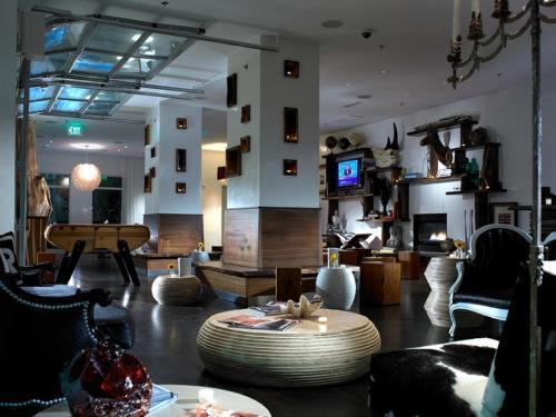 Bungalow Hotel - Long Branch, NJ 07740