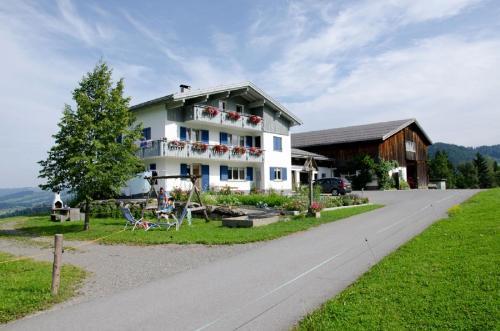 Berghof Vöglerbrand - Hotel - Andelsbuch