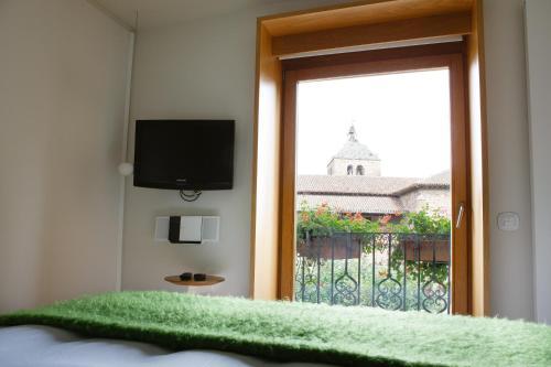 Habitación Doble Superior con vistas al jardín - 2 camas Echaurren Hotel Gastronómico 2