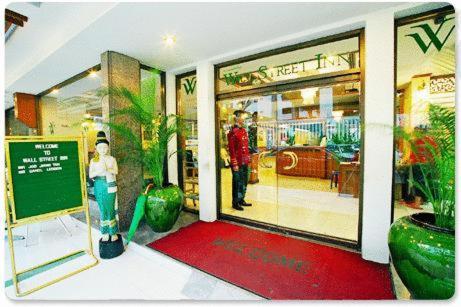 Wall Street Inn, Bangkok photo 6