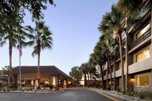 . Beach House, A Holiday Inn Resort, an IHG Hotel