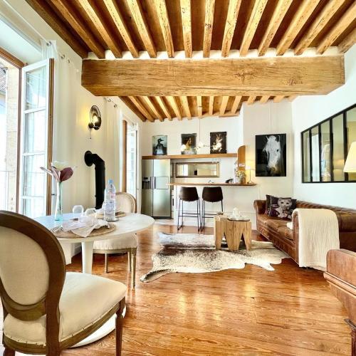 Grand Cru, Appartement au Centre Médiéval de Beaune - Location saisonnière - Beaune