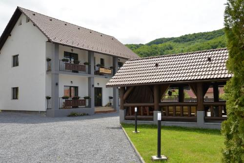 Constantin Panzió - Accommodation - Praid