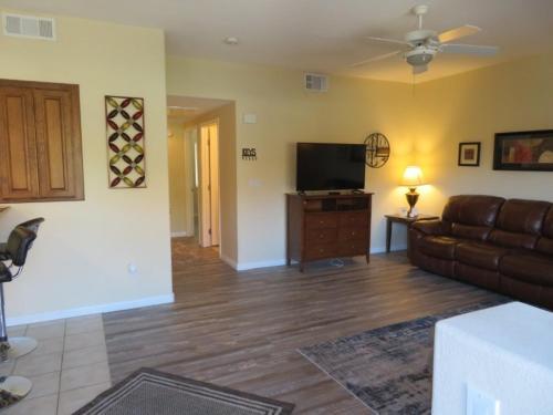 . 2 Bedroom condo in Mesquite #429