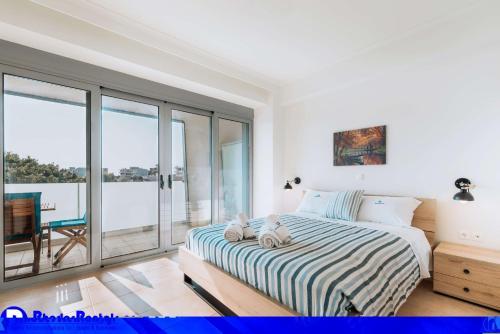 . Rhodes Port Haven Suite