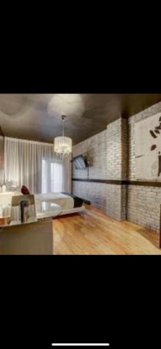 Luxury studios privates In Hotel particulier Golden Museums District Montreal center