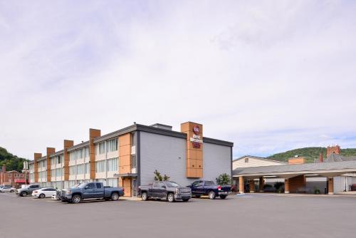 Best Western Plus Bradford Inn - Hotel - Bradford