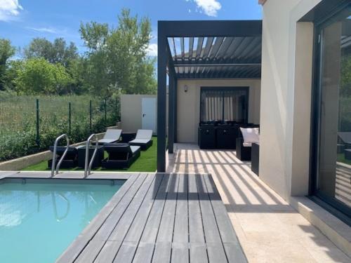 Maison Arles, 4 pièces, 6 personnes - FR-1-599-20 - Location, gîte - Arles