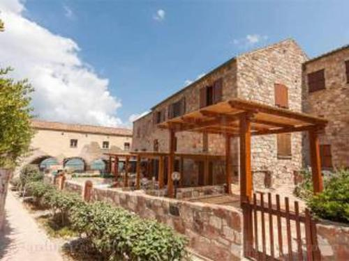 . Apartment with 2 bedrooms in Gonessa with enclosed garden 10 m from the beach