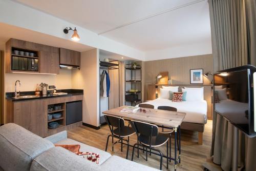 Novotel Suites Nice Airport - Hotel - Nice