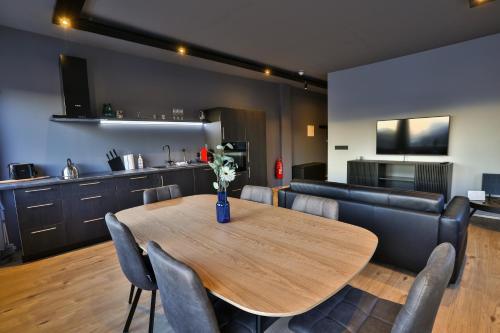 Akureyri Luxury Villa - Accommodation - Akureyri