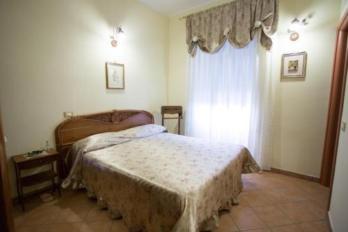 Casa Lollobrigida - Photo 2 of 29