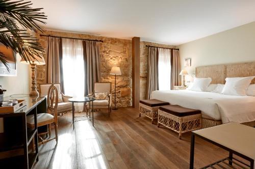 Superior Double Room Grand Hotel Don Gregorio 18