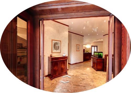 . Hotel Valentino Centro Storico