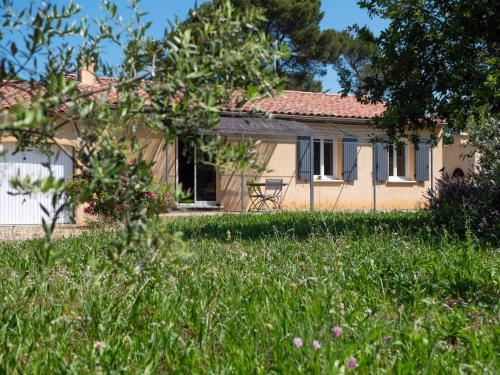Ecrin de verdure provençal - Location, gîte - La Verdière