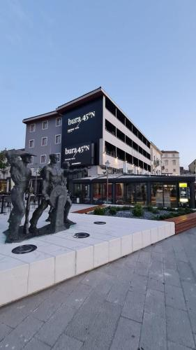 . Boutique Hotel Bura 45N