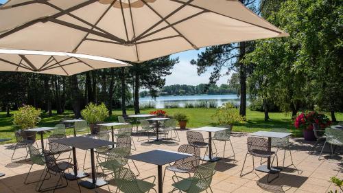 . Best Western Hotel du Lac Dunkerque- Restaurant ouvert 7/7 midi et soir