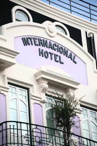 Internacional Design Hotel - Photo 4 of 32