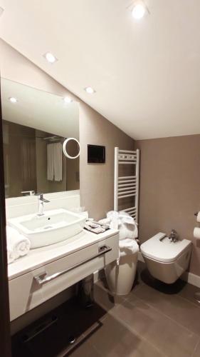 Family Junior Suite - single occupancy Costa Esmeralda Suites 6
