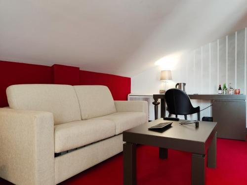 Family Junior Suite - single occupancy Costa Esmeralda Suites 3