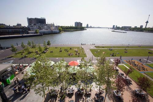 Koninginnenhoofd 1, 3072 AD Rotterdam, Netherlands.