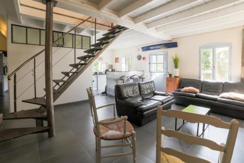 Petite maison de pêcheur moderne avec terrasse - Location saisonnière - Île-aux-Moines