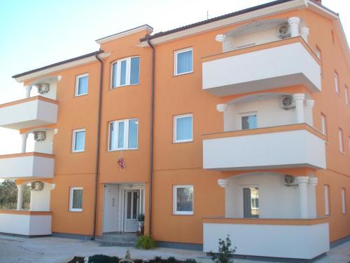 Apartments Buzleta II