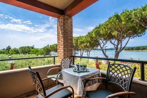 . Apartments Oliveto