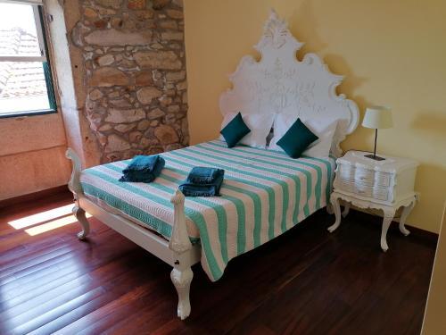 Casa Dos Carvalhinhos - Photo 8 of 20