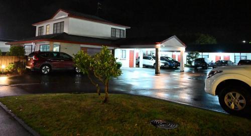 BK's Magnolia Motor Lodge - Accommodation - Whanganui
