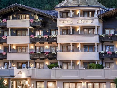 Hotel Gardena Grödnerhof - St Ulrich / Ortisei