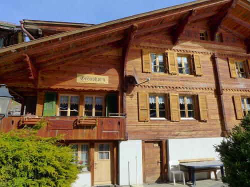 Chalet Grosshorn - Apartment - Lauterbrunnen